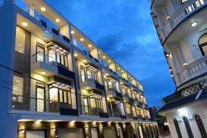 Bán nhà phố khu Petechim đường Huỳnh Tấn Phát, DT 6.2m x 13m, sổ hồng, thiết kế đẹp