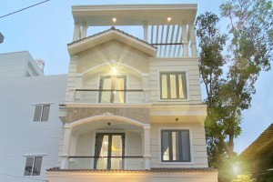 Bán Nhà Khu Omely Đào Tông Nguyên Nhà Bè, DT 7 x 12m, 3 Lầu, 4 PN,  Giá tốt
